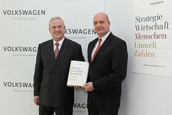 Prof. Dr. Martin Winterkorn and Bernd Osterloh